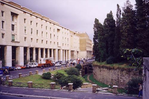 Bando da 8 5 milioni per la riqualificazione di piazza for Augusto roma
