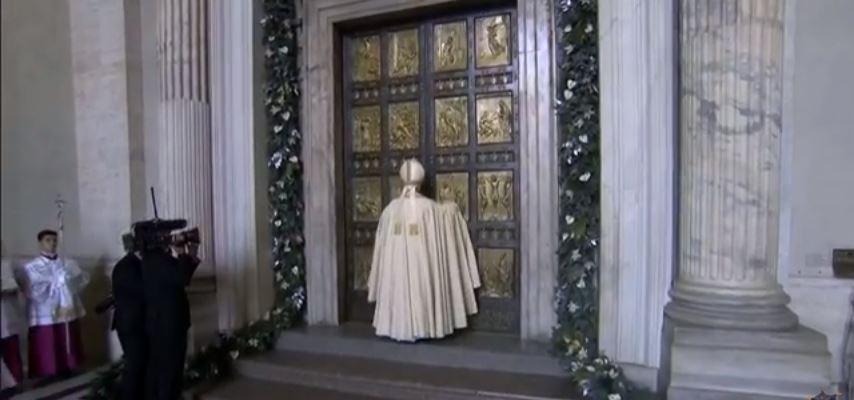 Giubileo straordinario della misericordia santa messa e - Sostegno della porta ...