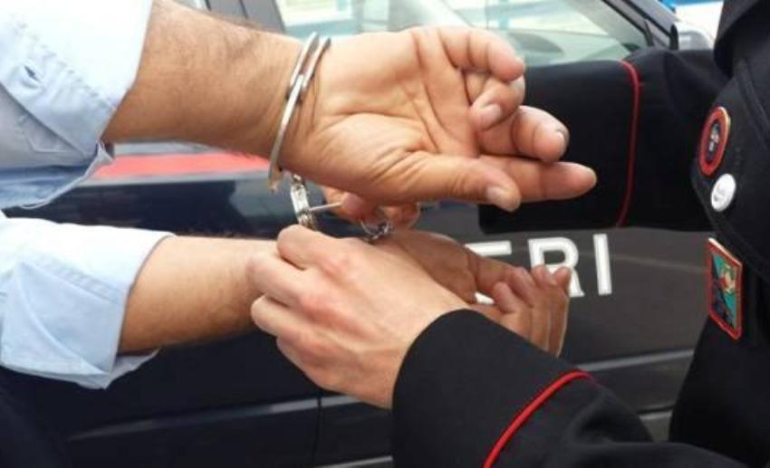 In manette narcotrafficante ricercato da due anni. Stava per fuggire in Spagna