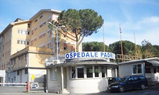 Roma, si schianta con la moto contro il guardrail: muore 33enne