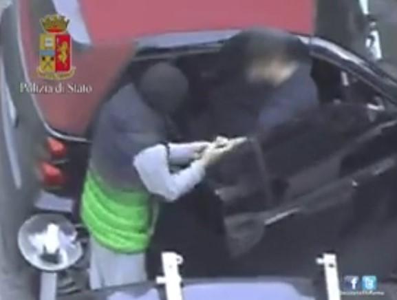 Mercato della droga a Roma, 26 arresti