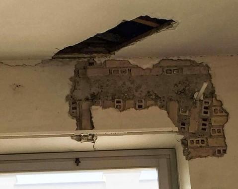 Crepe comparse sulle pareti dopo il terremoto, chiude il liceo artistico Caravillani