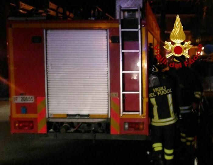 Don Bosco, incendio in un appartamento