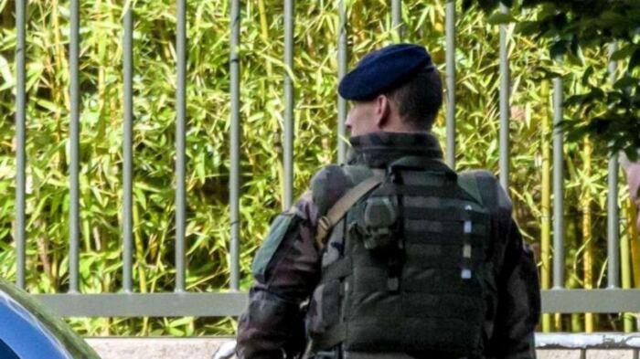 Elicottero Quarto : Francia detenuto evade in elicottero da carcere vicino a parigi