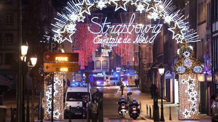 Francia, spari al mercatino di Natale a Strasburgo | 3 morti